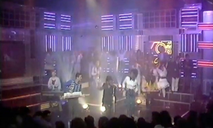 Theme from s'express on top of the pops